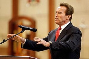 Arnold Schwarzenegger---GET DOWWNN!!!