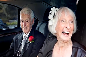 World's Oldest Couple get's married