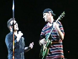 Blind U2 Fan plays with Bono