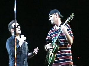 Blind U2 Fan plays with Bono