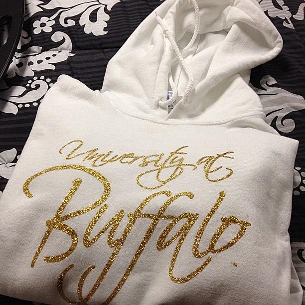 #hoodie #college #UB #buffalo (@mmattuzzi, Instagram)